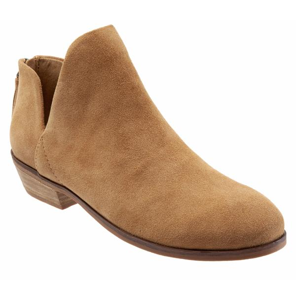 Rylee Sand Suede